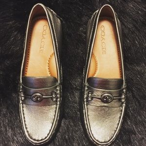 COACH TURNLOCK LOAFERS